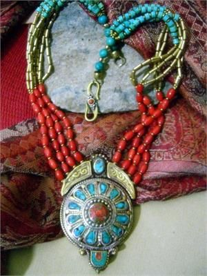 Goregous Tibetan Jewelry Necklace