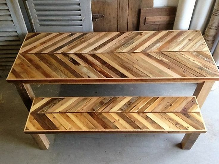 While this pair of awesome pallet wood made bench and the table could be placed anywhere in the outdoor spaces. This would be ideal for outdoor spaces just because of the excessively huge size, because inside they could cause shortage of available space.