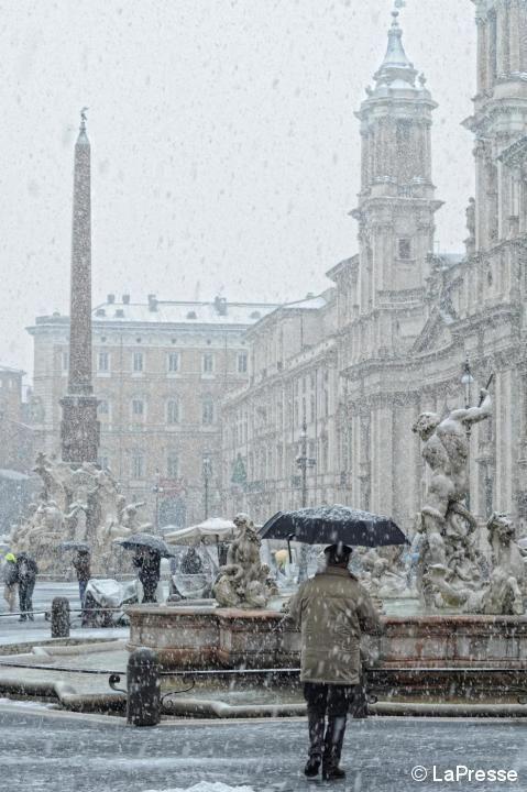 Roma, Italia- love winter in Europe Roma, Italia-el amor de invierno en Europa. http://www.habitatapartments.com/
