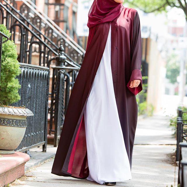 So missing the warm, sun-kissed days of summer...but grateful to my lord to see another change of season...Alhamdullilah 'alaa kuli haal...🌺🌸🌺🌸🌺🌸🌺🌸🌺🌸 - - - - - - - - - - -  #abayadubai #hijaber #hijabers #hijabstyle #hijabchamber #abayastyle #fashionbloggers #muslimah #openabaya #hijabchic #abayat #hijablook #hijabfashion #nystyle #abayafashion #nytimesfashion #abayamuslimah #abayablogger #hijabi #luxuryabaya #abaya #hijabister #alshamsapparel