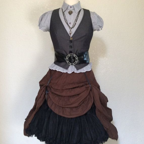 Women's Steampunk Pirate Halloween Costume With