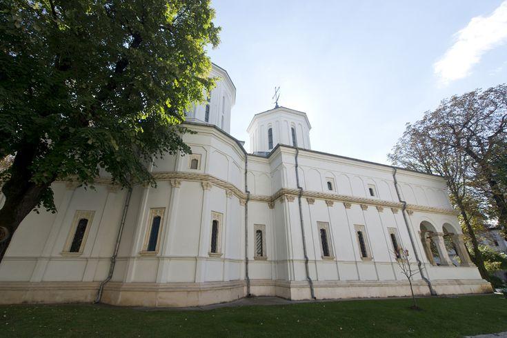 Curtea interioara a Palatului Cotroceni (Octav Ganea)