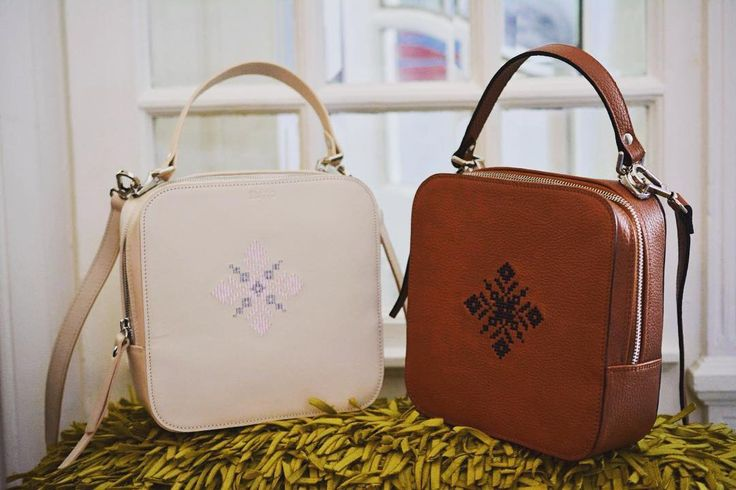 New season comes with new colors in town. #iutta #leather #embroidered #bag #birdinspace #new #colors