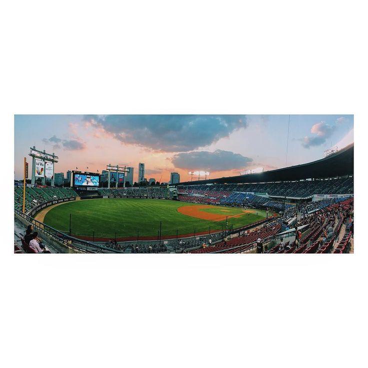 정규리그 우승 보러 왔슈... #vsco #seoul #서울 #doosanbears #두산베어스 #iphone6s #iphobe6splus #baseball