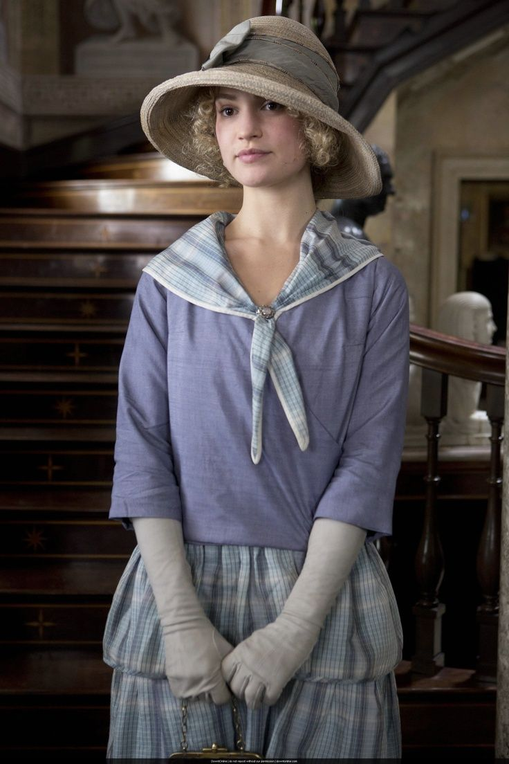 Lady Rose MacClare (blue outfit)