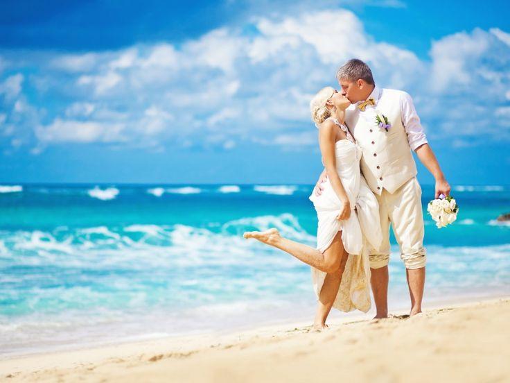 Sexy Beach Wedding Dresses Are So Special | House Wedding Ideas