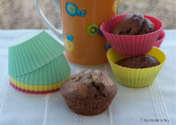 golossissimi i muffin al latte caldo con il cioccolato fondente e cotti nel fornetto Versilia senza l'uso del forno.