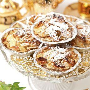 ÄPPELGROTTOR Små smarriga äppelgrottor med mandel och kanel.