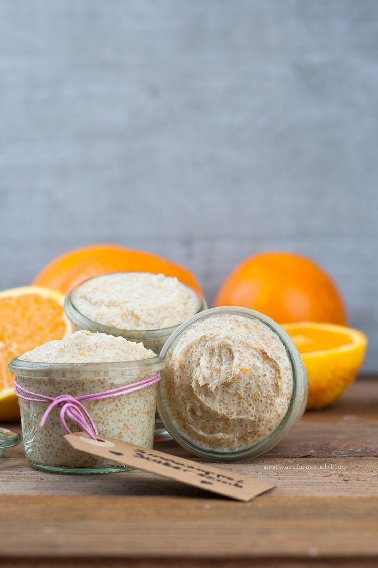 zelf suikerscrub maken van kokosolie, honing, sinaasappel en suiker - DIY op de Nest Warehouse blog
