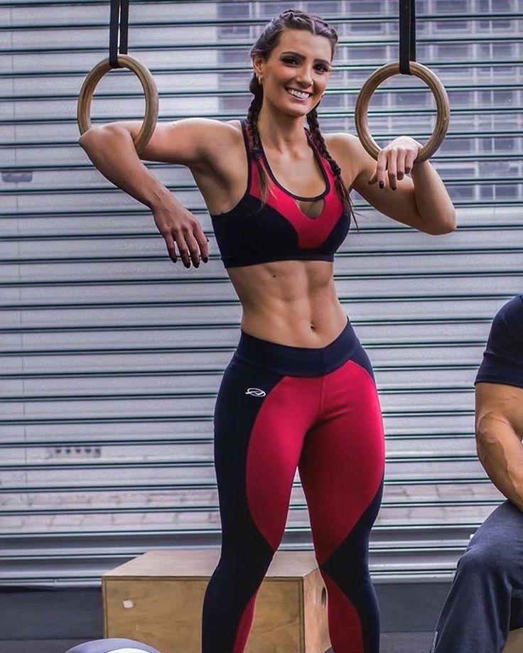 Crossfit Body Women 21 best Carol B...