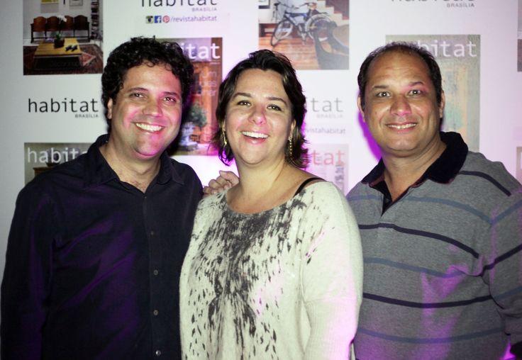 Rodrigo Barros, Sandra Maia e Edgard Cesar na inauguração da Mostra Casa Viva. #casaviva #habitatnacasaviva