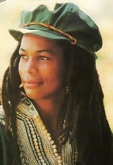 *Judy Mowatt* More fantastic pictures and videos of *Bob Marley & The I-Threes* on: https://de.pinterest.com/ReggaeHeart/