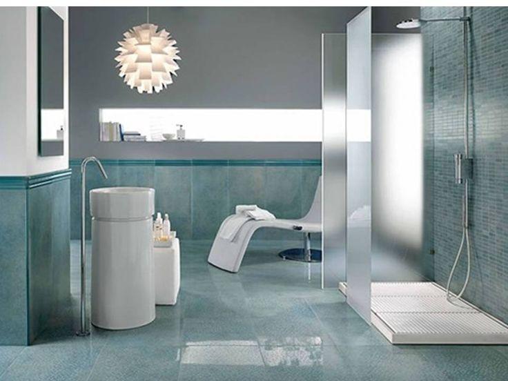 """Diseño De Baños Pequeños Con Azulejos. """"Glamur y azulejosen baños pequeños""""    Cuando en casa lo que quieres es renovar no dudes en renovar el baño, porque si no no quieres volver a ver el baño de cuatro paredes con un color aburrido, sin toques que le den vida nibelleza. por esto es importante que logres visualizar tu baño de una manera especial, que te permita estar en un baño lleno de armonía y confort.  Para que un baño....  Diseño De Baños Pequeños Con Azulejos. Para ver el artículo…"""