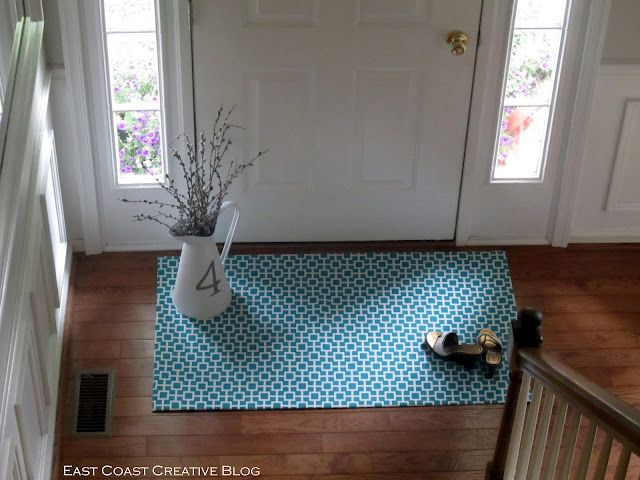 Homemade mats with your favorite fabric. This is a great idea!: Idea, Diy Fabrics, Easy Diy Rugs, Floors Mats, Fabrics Rugs, Diy Floors, Fabrics Floorcloth, Floors Rugs, Homemade Rugs