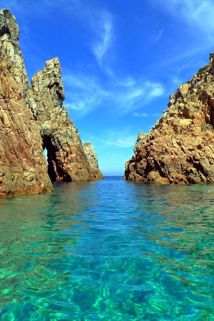 Cap Rossu, Corsica: A natural swimming pool.
