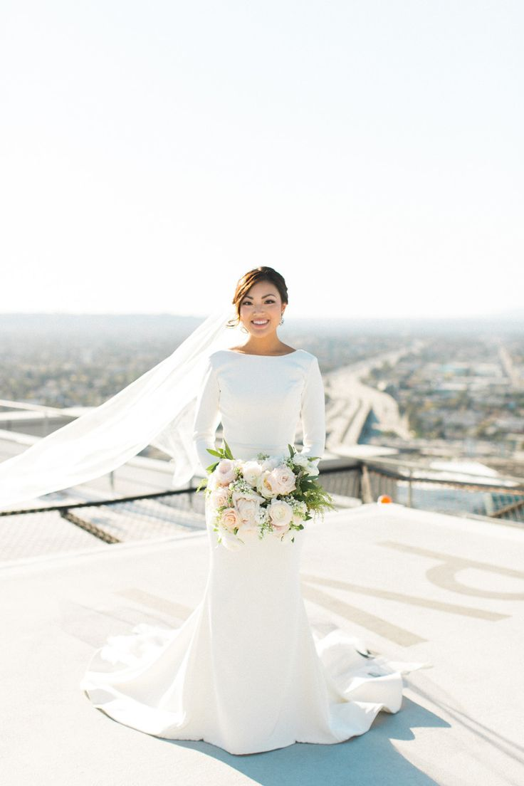 Gowns in downtown los angeles - Downtown L A Wedding With Rooftop Views
