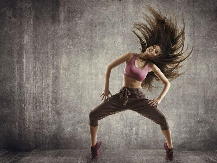 Aussi impressionnant qu'exigeant, le breakdance est idéal pour développer à la fois souplesse et tonicité du corps. Initiation avec Minzy, danseuse professionnelle...