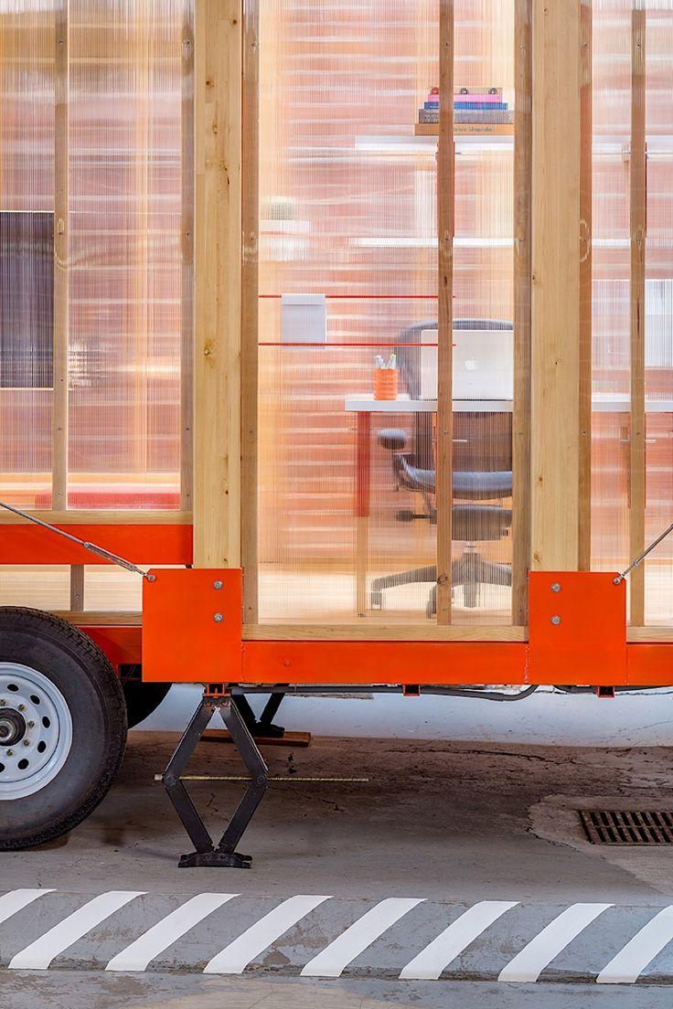 LOS OSOS bauen ein mobiles Büro für Coroflot  Wohnwagen und andere Lösungen für ortsunabhängiges Leben sind immer mehr auf dem Vormarsch. Das US-amerikanische Studio LOS OSOS hat jetzt einen ...