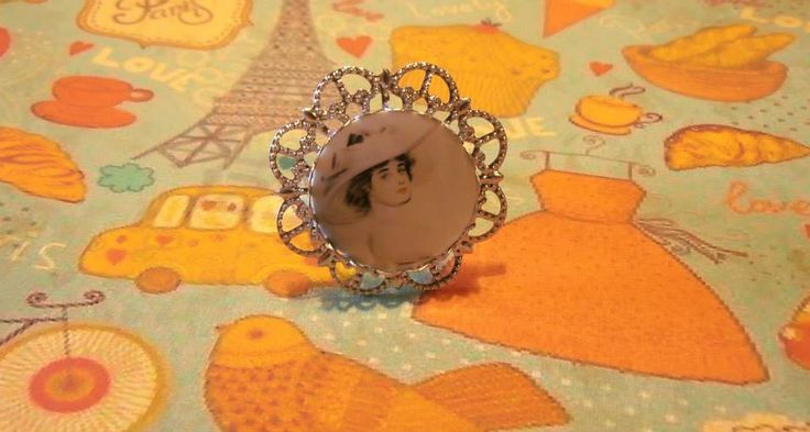 Handmade Jewelry Laminated Baroque Metal Silver Cameo Photo Vintage Lady Illustration Ring by Venus Treasures !