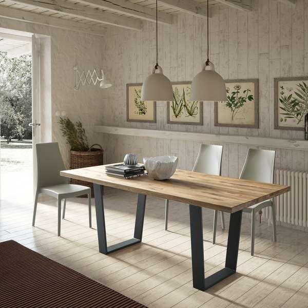 Table Design Avec Pieds En Traineau En Metal Plateau En Chene Massif W30 Trapani 1 Table Salle A Manger Table Design Salle A Manger Bois Massif
