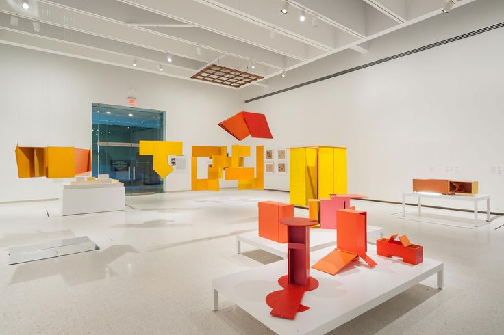 """The Brazilian Genius Who Pioneered Installation Art Is Finally Getting His Due You won't need drugs to feel like you're tripping at a major new art exhibition in Pittsburgh. """"Tropicália,"""" one of several large-scale immersive installations included in the Carnegie Museum of Art's important new Hélio Oiticica retrospective, plunges ... http://www.vogue.com/13497466/helio-oiticica-retrospective-carnegie-museum/"""