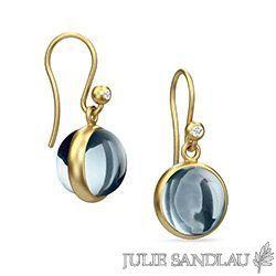 Julie Sandlau PRIME øreringe i sølv med 22 karat forgyldning - hvide zirkoner - blå krystaller