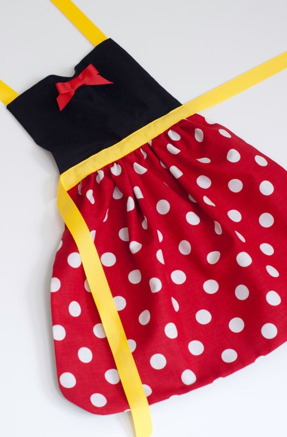 Minnie Mouse dress up apron for toddlers and by SimplyRoyalDress