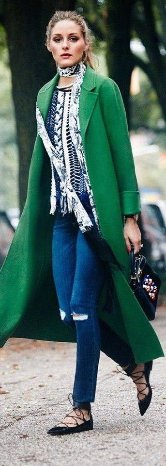 Denim + Green jacket = Excellent street style  -LOVE the extremely long coat, nice top, skinny jeans and flats