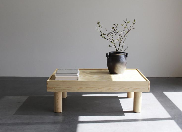 The Coffee table B-04 is inspired by a basic bed design made in a smaller proportions. I really like the expression that provides a simple Japanese aesthetics.