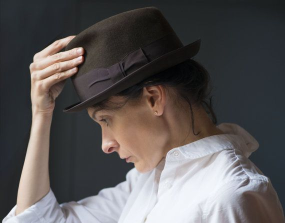 Vintage men's hat stingy brim felt dark brown gent hat by 4Rooms
