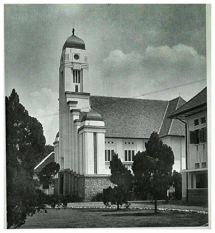 Gereja Katholik St. Josef, Matramanweg Batavia 1924.