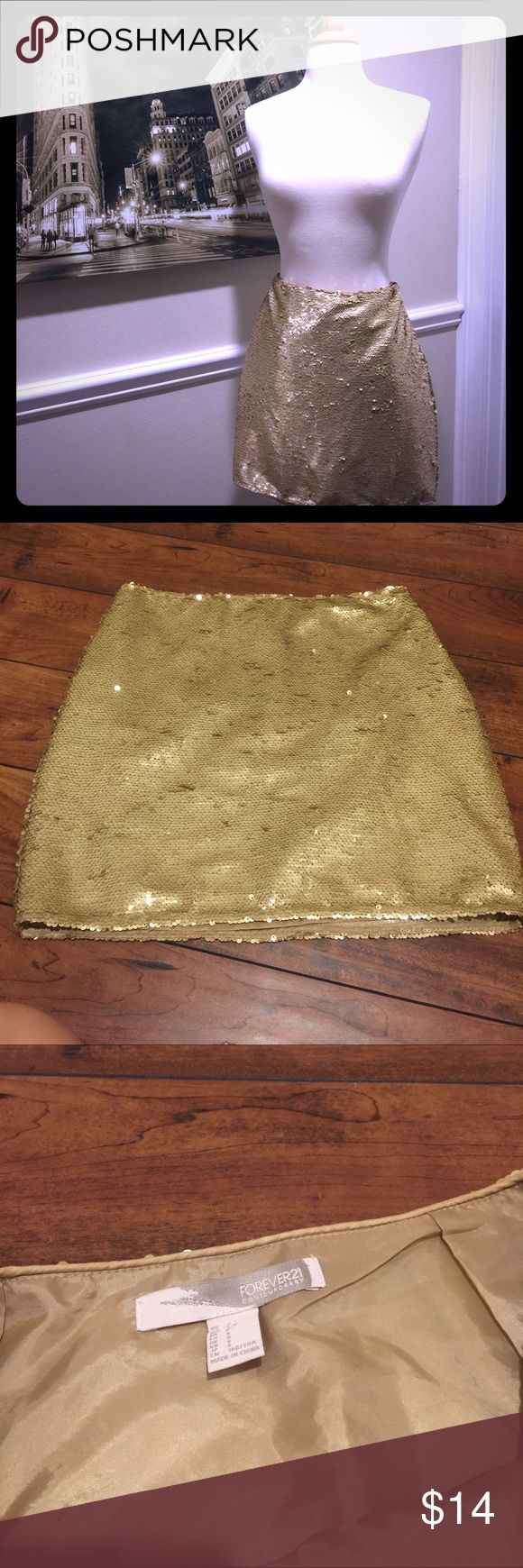 Forever21 Sequin Mini Skirt Size s Forever21 Sequin Mini Skirt Size s Just worn one. Very very good condition! Forever 21 Skirts Mini