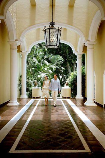 """Добро пожаловать в лучший отель категории """"все включено класса """"люкс""""; здесь все наполненно комфортом и элегантностью."""