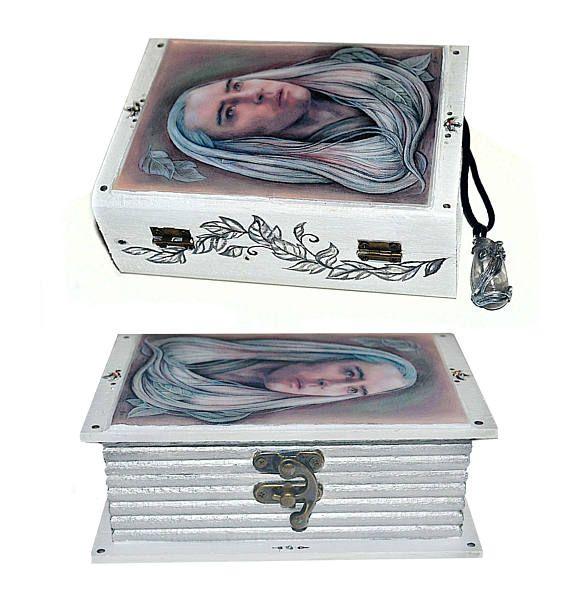 Jewellery box and rock crystal pendant  Elven King elf