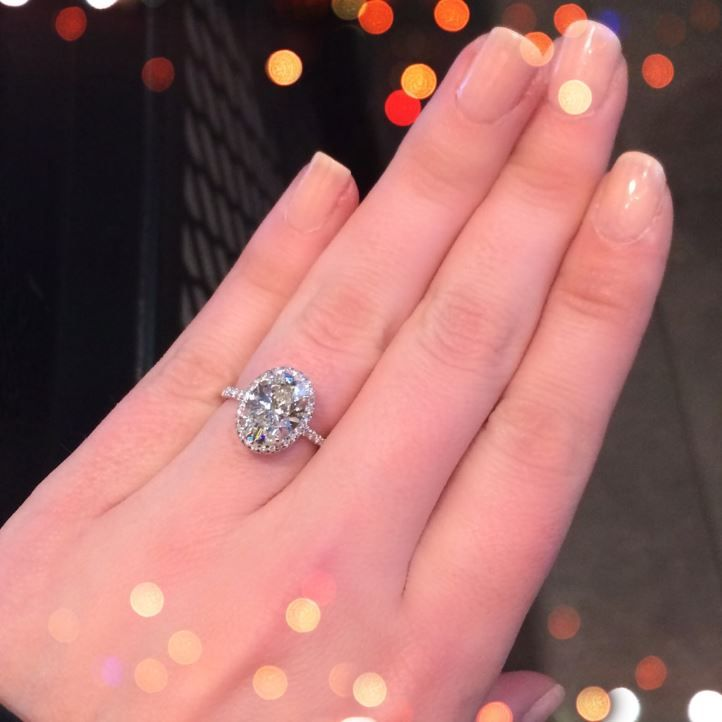 3 ct oval engagement ring