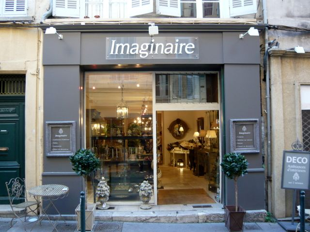 Facade magasin de d coration imaginaire aix en provence vitrine boutique pinterest fa ades for Magasin de piscine