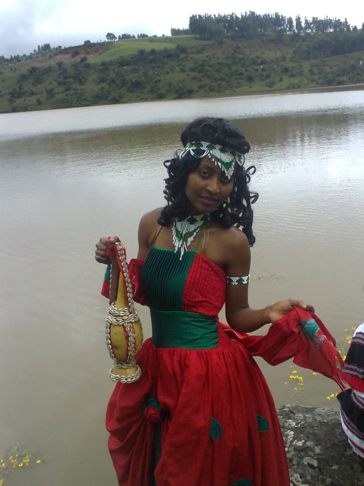Oromo woman celebrating Irreecha (Irreessa) Thanksgiving at Burayyuu, Central Oromia, near the capital Finfinnee, September 2013.