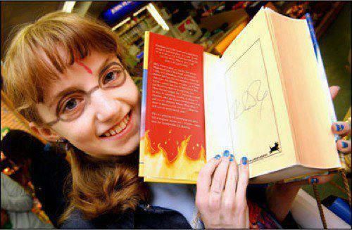 Evanna Lynch, 11, was let out of the hospital for an hour to get her signed copy of harry potter. jk rowling said that if she beat anorexia she could play luna, and she did.