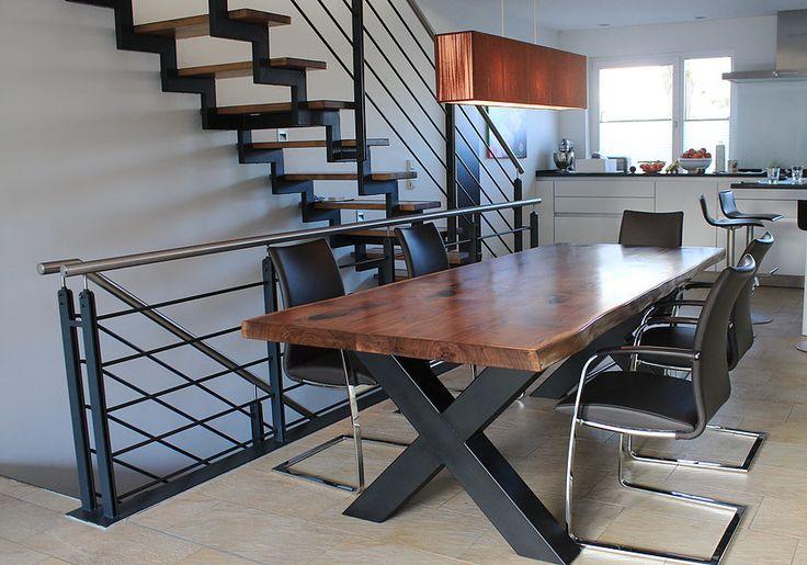 esstisch massiv nussbaum massivholztisch baumkante. Black Bedroom Furniture Sets. Home Design Ideas
