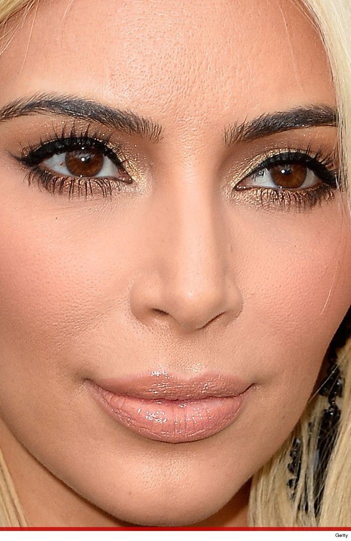 kim kardashian too close for comfort celebrity