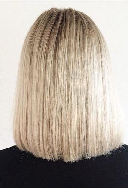 Wählen Sie eine elegante Wasserfall-Frisur für Ihr nächstes Event