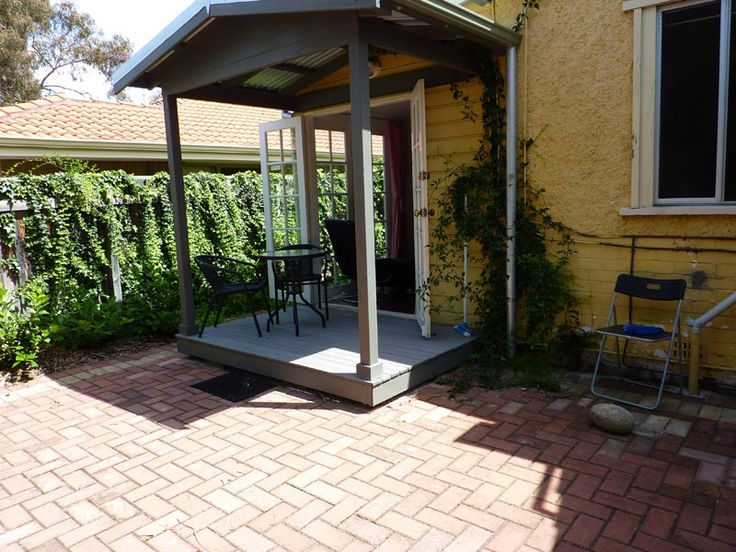 Fantastic budget cottage in Mt Lawley,This 1BR cottage is within easy walking distance to the Mt Lawley and Inglewood café strip