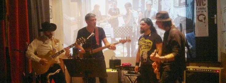 Des reprises incroyablement justes pour un groupe aux talents multiples ?  Chiche ! Je nomme les tontons blueseurs. Quand ? Tous les jeudis soir. Où ? Au bar les tontons bringueurs (tiens donc…).  Cerise sur le gâteau ? Chamallow sur mojito.  En savoir + : http://www.rock-n-rolla.fr/?p=2814