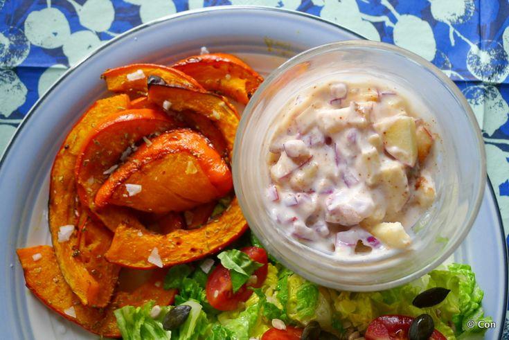 Geroosterde pompoen met appel-ui-dip recept (vegan) ~ minder koolhydraten, maximale smaak ~ www.con-serveert.nl