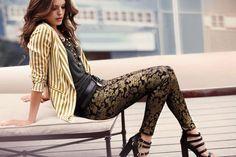 Calzedonia, el grupo italiano propietario también de las cadenas de moda íntima INTIMISSIMI o TEZENIS, ha ampliado capital en el mercado español, por segunda vez en un año, con el objetivo de incrementar su red de tiendas en todo el territorio nacional, según Economía Digital. ¡Felicidades!