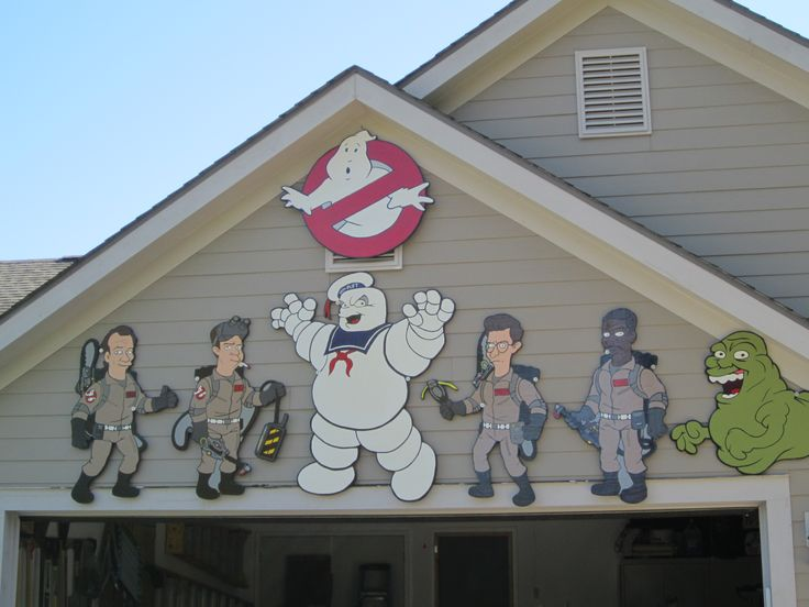 Halloween plywood cutouts/yard art featuring the Ghostbusters