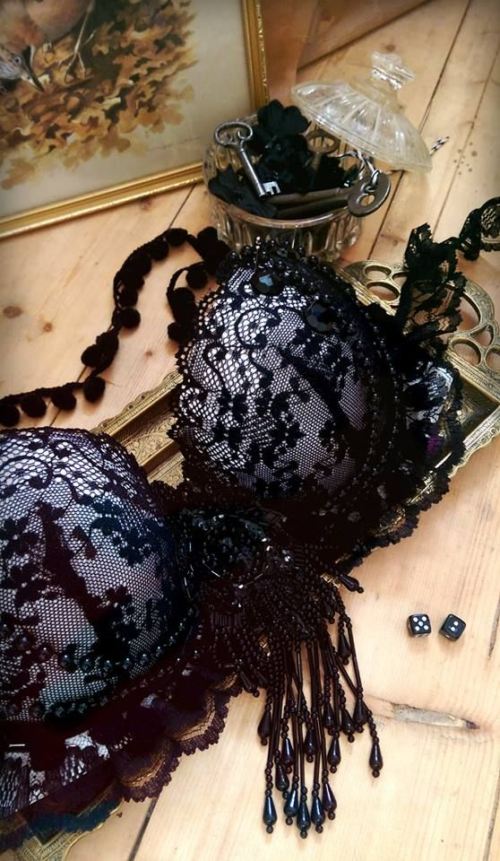 Embellishing a dark vintage style bra set https://www.etsy.com/uk/shop/TheMagpiesRiver?ref=hdr_shop_menu