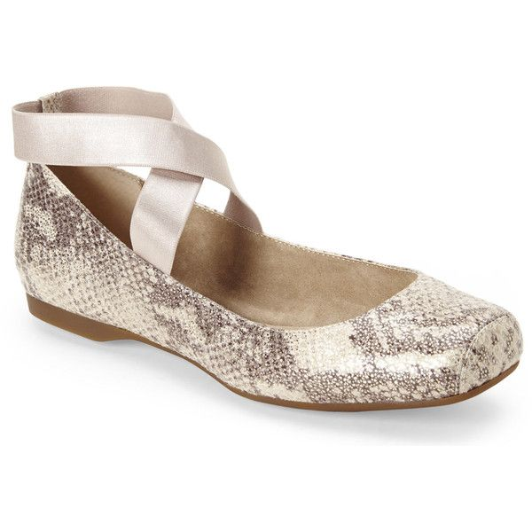 JESSICA SIMPSON Snake & Gold Mandayale Elastic Strap Ballet Flats ($40) ❤ liked on Polyvore featuring shoes, flats, metallics, metallic gold shoes, metallic ballet flats, gold flats, ballerina shoes e square toe flats