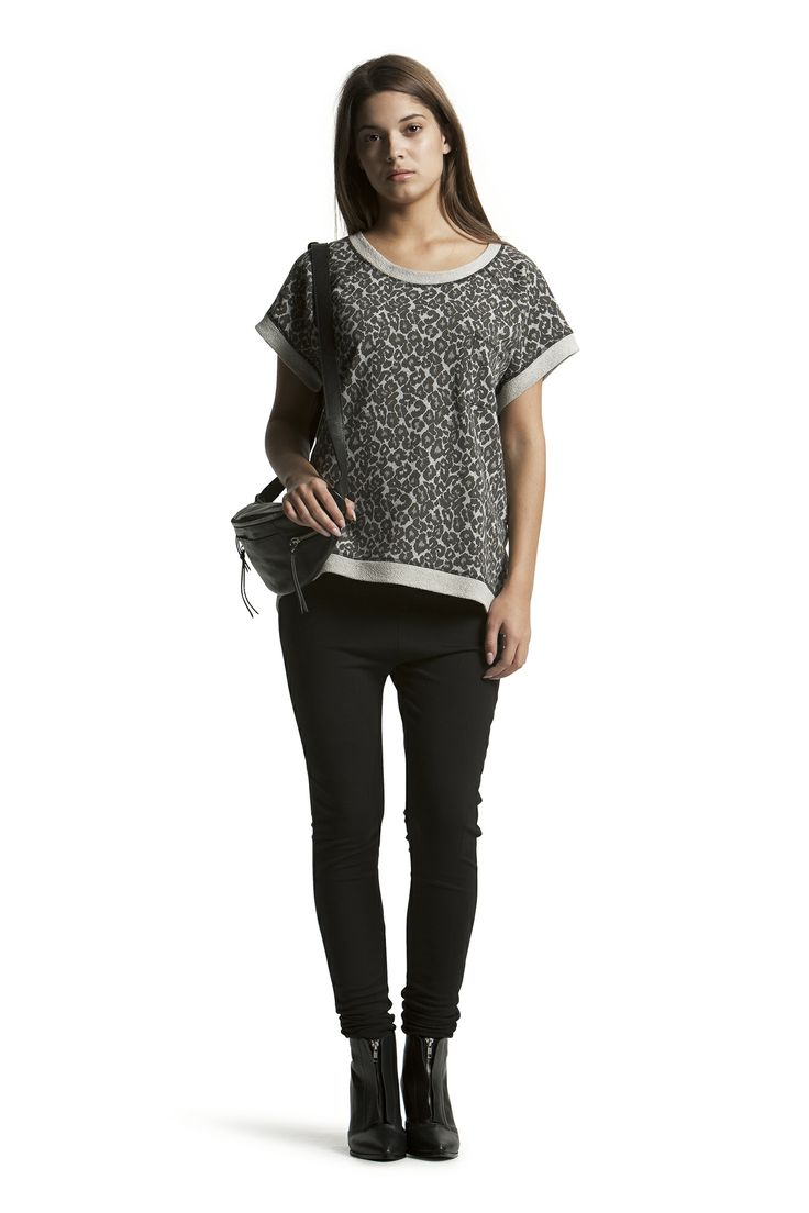 Denise Sweat Top with Concorde Slim HW Jeans