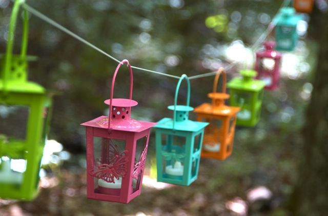 camping in style! colorful lanterns for lighting